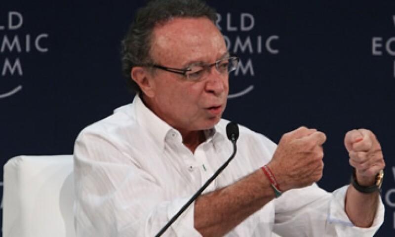 El ex gobernador del Banco de México, Guillermo Ortiz, dijo que negarse a recibir un rescate para la banca, no es la mejor estrategia de España.   (Foto: Notimex)