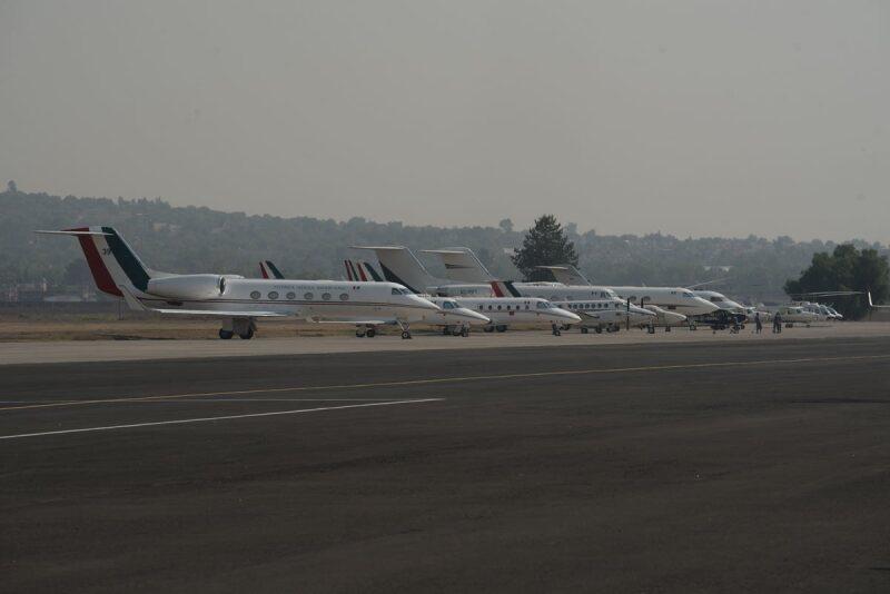Aviones - Santa Lucía - Aeropuerto