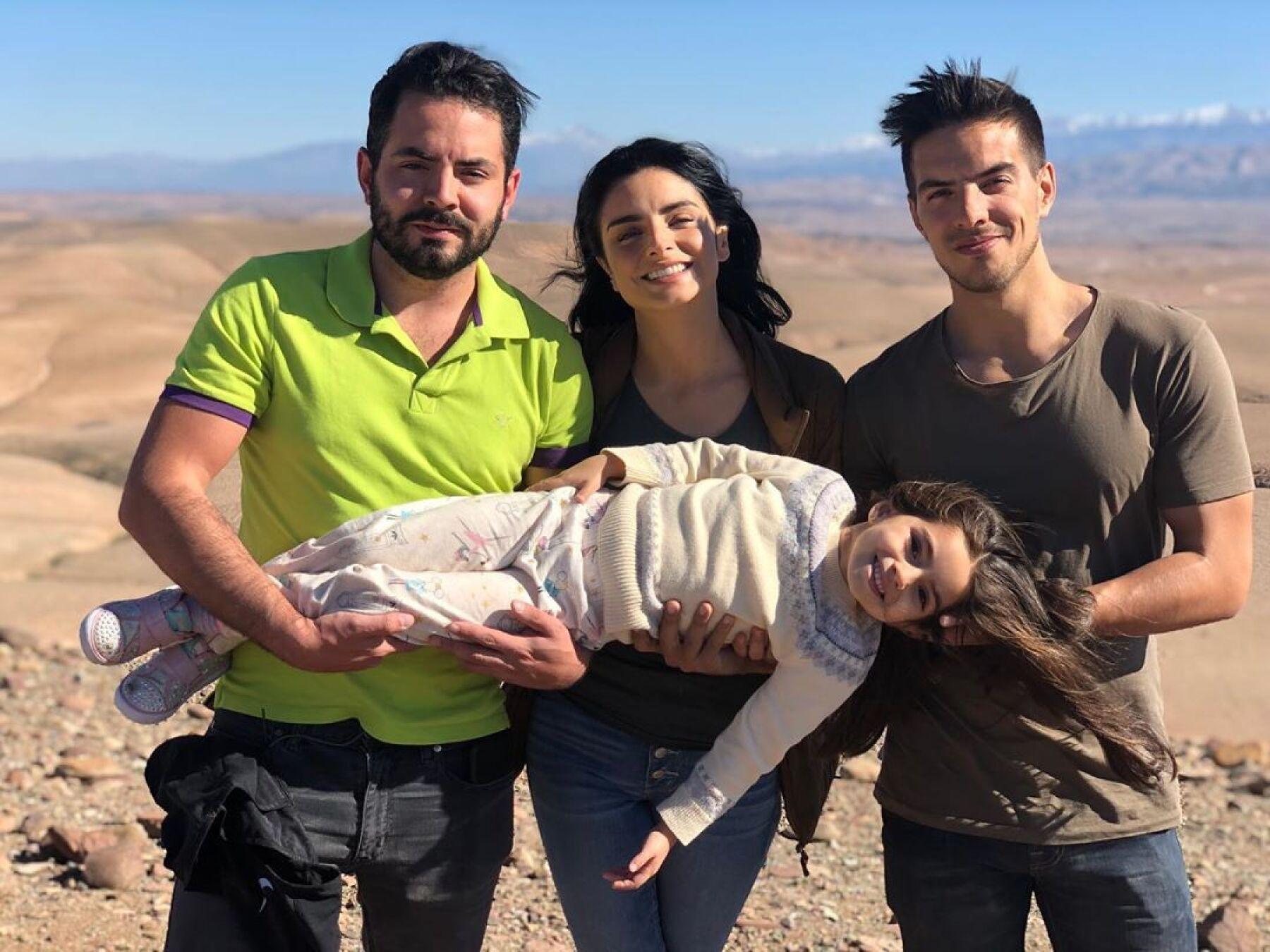 José Eduardo, Aislinn, Vadhir y Aitana Derbez.