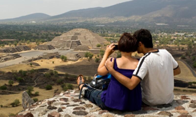 Sólo en mayo, México recibió 880,000 visitantes internacionales vía aérea. (Foto: Getty Images)