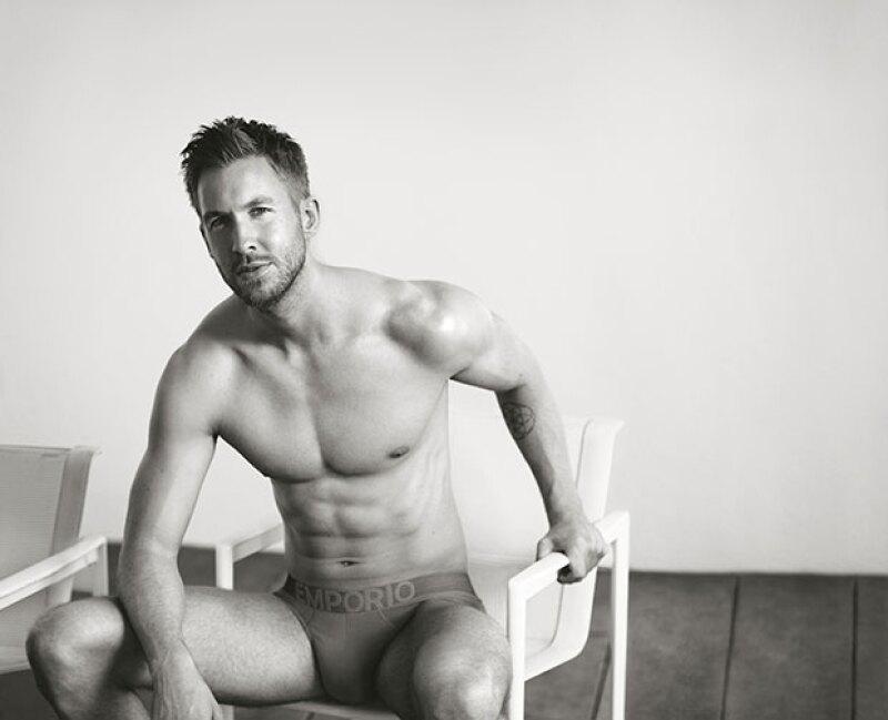 El dj escocés es el protagonista en la campaña de underwear para Emporio Armani.