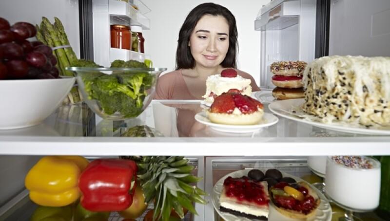 refrigerador comida alimentos dieta postres