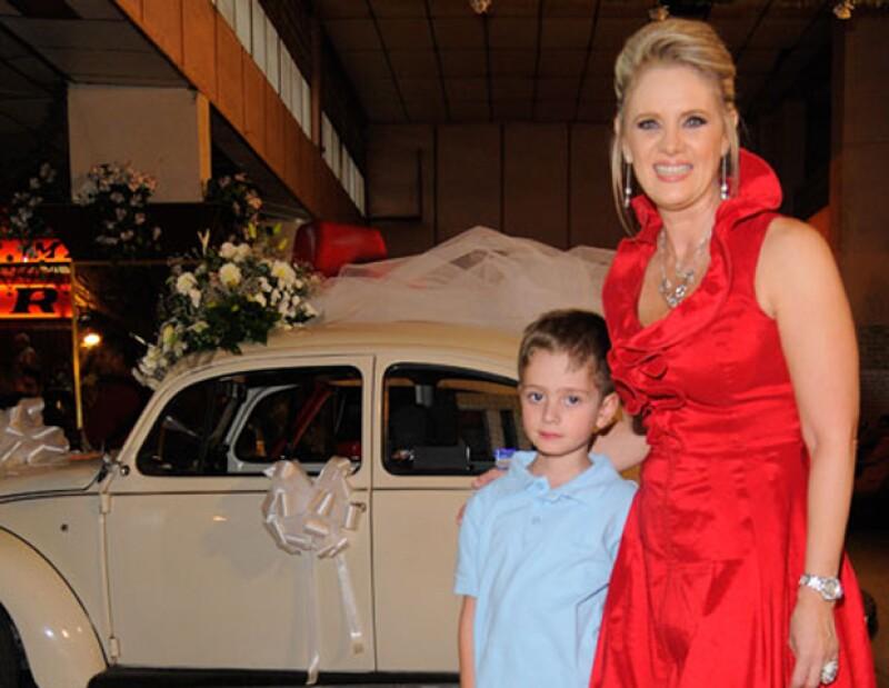 La actriz reveló que el pequeño de siete años, Nicolás,  pregunta frecuentemente por su progenitor, Ernesto Zedillo Jr.