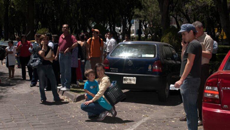 El pánico se apoderó nuevamente de muchos habitantes del DF tras el temblor.