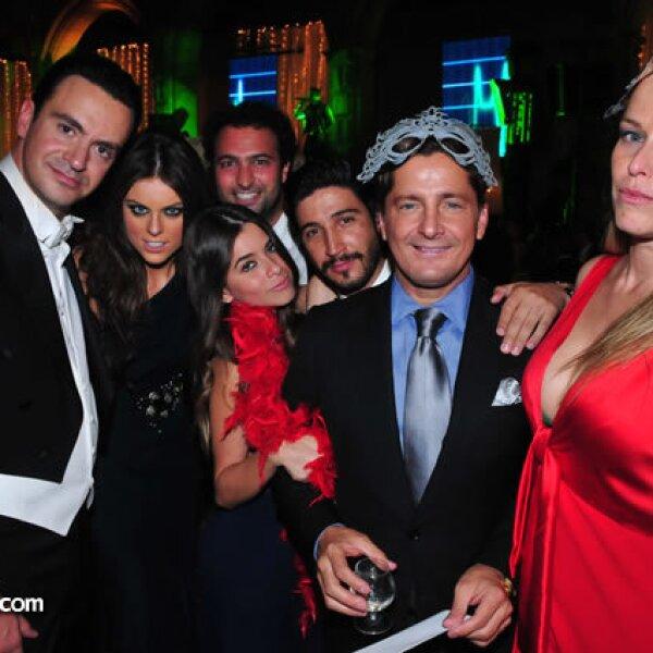 Mauricio Vega,Yael Sandler,Daniel Cohen,Karina Torres,Alejandro Esparza,Alejandro Basteri,Xuxu