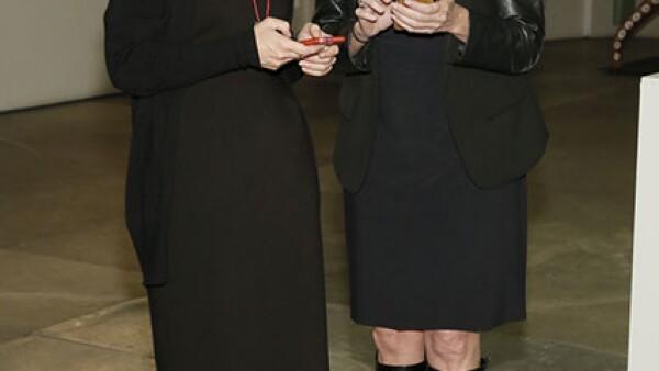 Alicia González,Claudia Azpiri