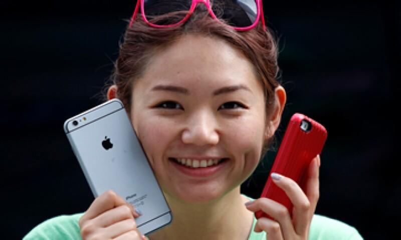 El iPhone 6 tendrá un costo incial en EU de 649 dólares. (Foto: Reuters)