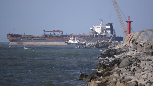 Infraestructura - puertos - barco