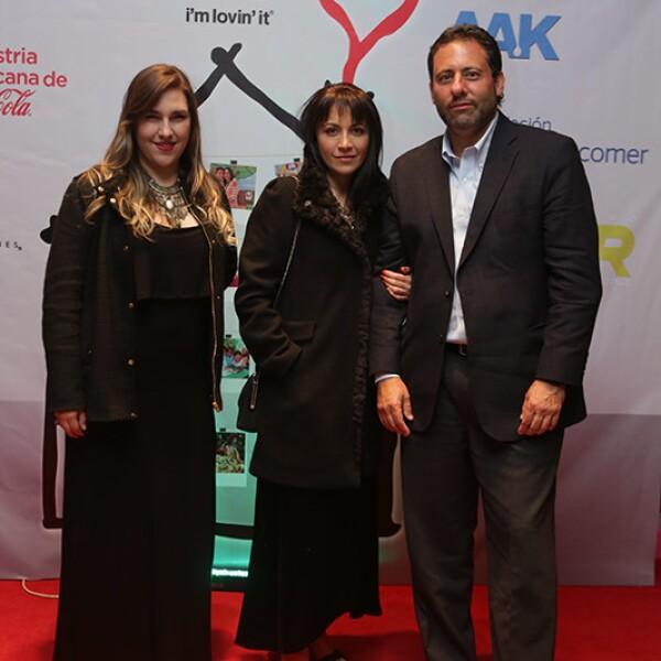 Paulina Quintero,Rachel Arboleya y Ernesto Cohen