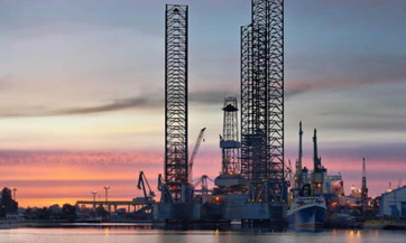 En la semana, el petróleo cayó 4.17 dólares, o un 4.2%.(Foto: Photos to go)