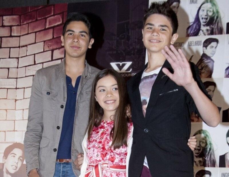 Los tres hermanos, quienes saltaron a la fama gracias a YouTube, aseguraron que el único cambio que han experimentado con su reciente éxito es que la gente ya los reconoce en la calle.