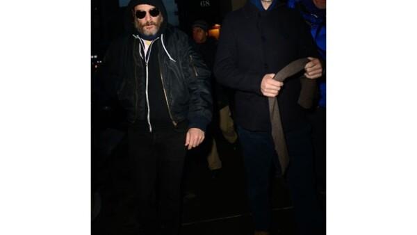 Joaquin Phoenix, Cate Blanchett y Justin Theroux han visitado esta semana a la madre de los hijos del actor Mimi O&#39Donnell, en su departamento de Manhattan.