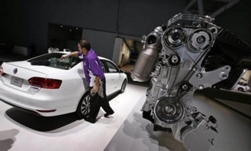 Volkswagen apunta a elevar sus entregas anuales a por lo menos 10 millones de autos. (Foto: Reuters)