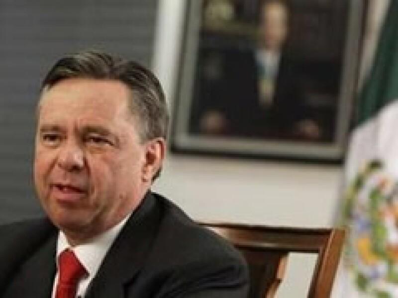 El procurador general de la República dijo que el país invertirá 1,400 mdd en blindar la frontera norte. (Foto: Reuters)