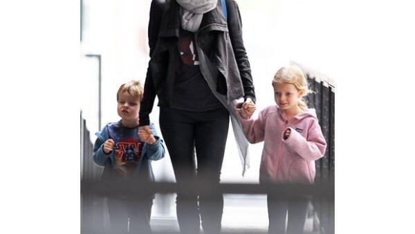 La actriz ganadora de un Oscar dijo que sus hijos le piden un hermanito todo el tiempo, pero no le gustaría tener otra mala experiencia como cuando intentó tener a su tercer bebé.