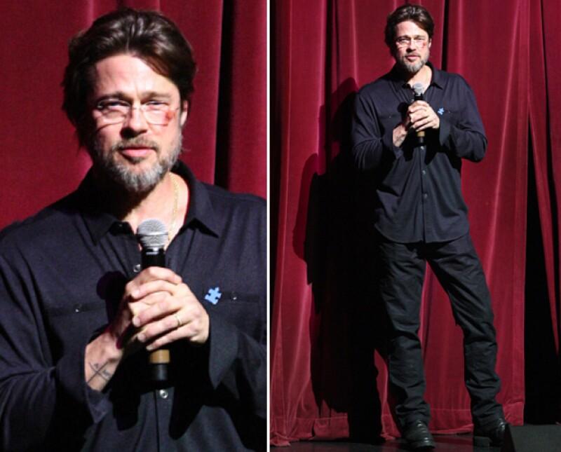 El actor tomó con mucho humor su moretón, explicando que fue ocasionado por una caída en las escaleras de casa.