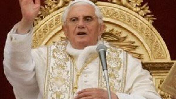 Para celebrar su cumpleaños, Joseph Ratzinger no planea ningún festejo especial, sino que prepara sus próximos compromisos internacionales, como su viaje a Medio Oriente en mayo.