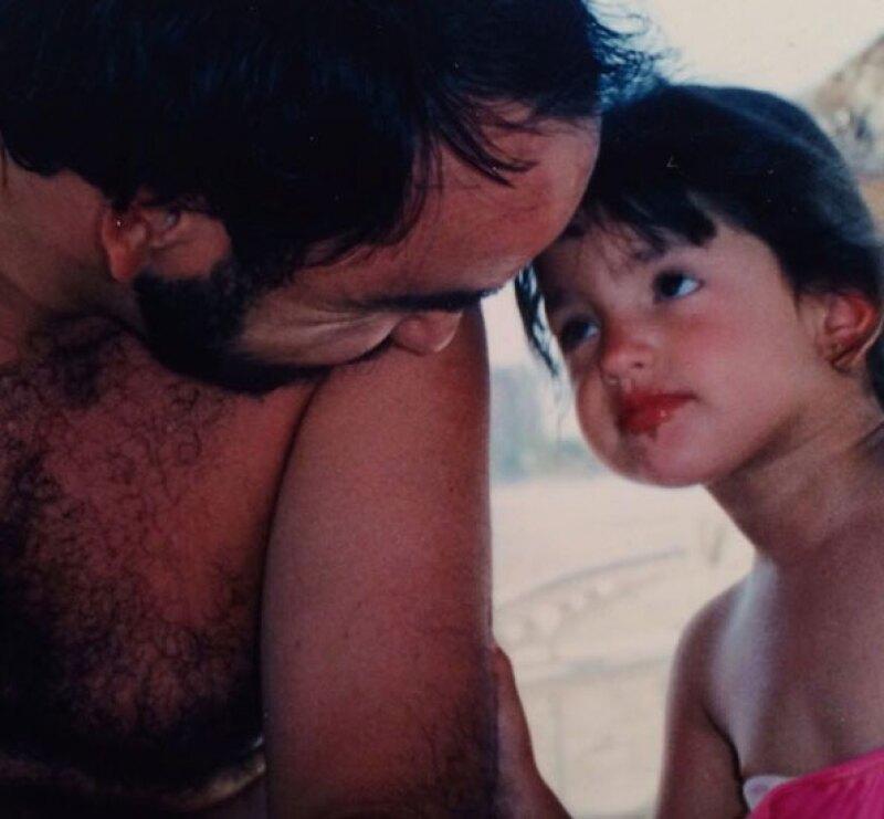 Desde Eiza González hasta Anahí y Sebastián Rulli, estos famosos felicitaron a papá a través de redes sociales.