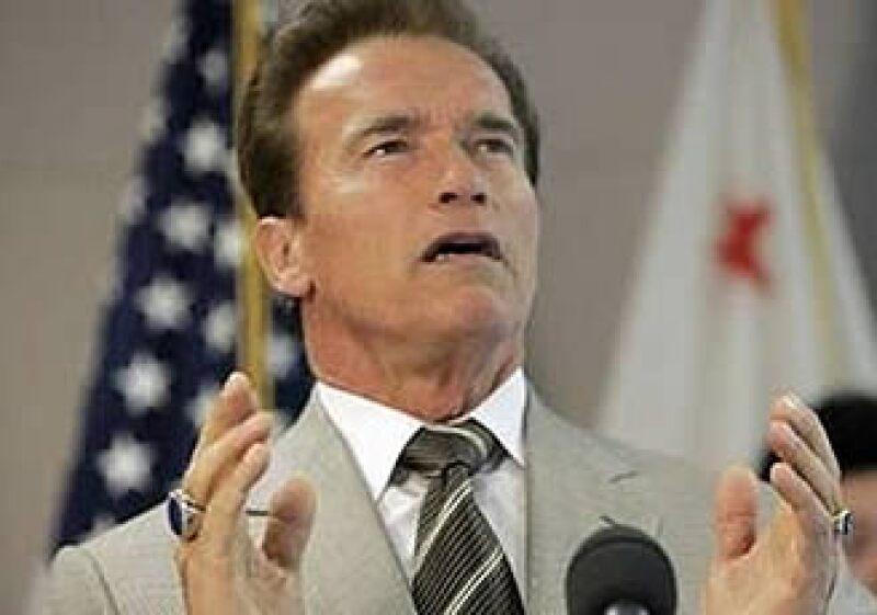 Arnold Schwarzenegger, gobernador de California, enfrenta uno de los déficits fiscales más profundos del estado.  (Foto: Reuters)