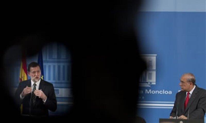 El Gobierno español dijo que no cumpliría el objetivo de recortar el déficit a 4.4% del PIB en 2012. (Foto: AP)