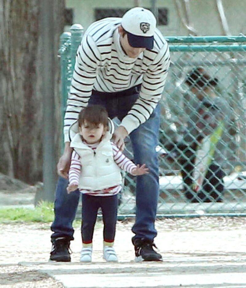 Wyatt en definitiva es la hija de papá a tal grado, que incluso combinan outfits.