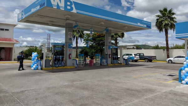 Wasconblue espera abrir 50 estaciones de servicio este año, en donde ofrecerá sus gasolinas con 10% de etanol (E10) y su aditivo Blue Power.