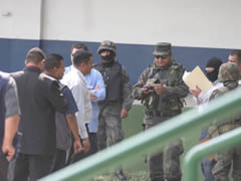 El operativo de fuerzas federales en Nuevo León se deriva de acusaciones sobre policías involucrados con la delincuencia organizada. (Foto: Notimex)