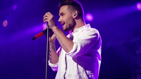 El integrante de One Direction compartió en Twitter una canción que escribió para el grupo irlandés HomeTown.