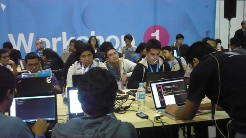 Hackers en Campus Party Mexico