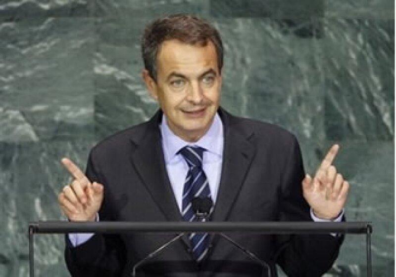 Zapatero aprobó el sábado el borrador de presupuesto que debe ser debatido en el parlamento. (Foto: AP)