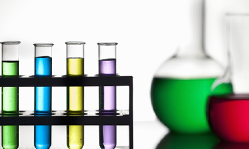 Mexichem controla empresas químicas, petroquímicas y productoras de tubos de plástico. (Foto: Getty Images)
