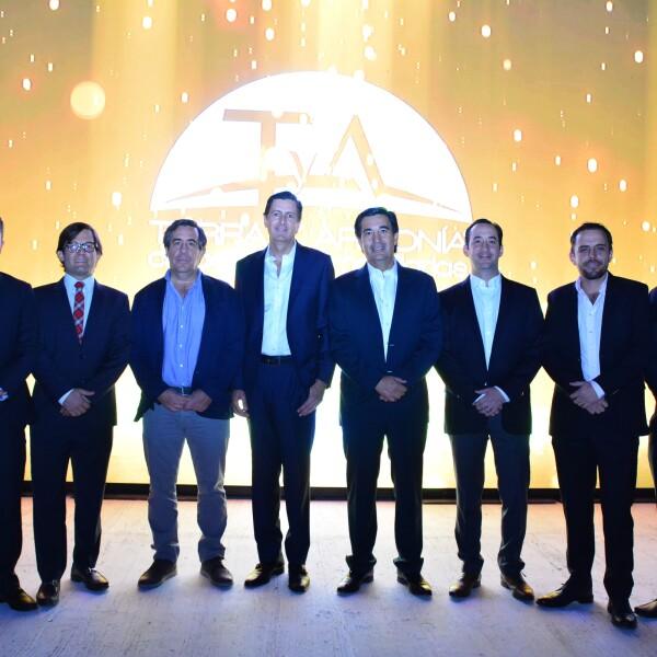 Luis Salazar, Eliseo González, carlos Errejón, Mauricio Martínez, Juan José Errejón, Pablo Errejón, Alejandro Dibildox y Pablo Canales..jpg