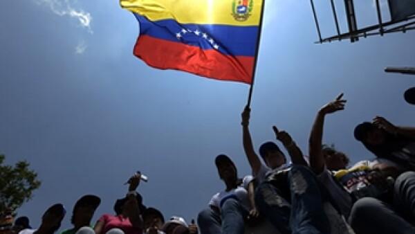 Este domingo se realizan las elecciones presidenciales en Venezuela. (Foto tomada de CNNMéxico.com)