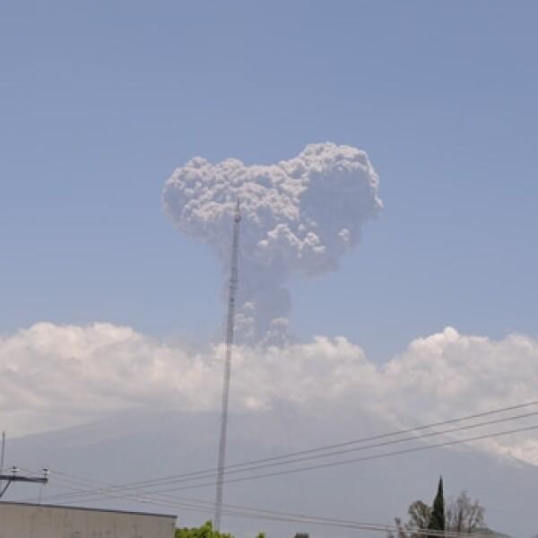 explosion del popocatepetl