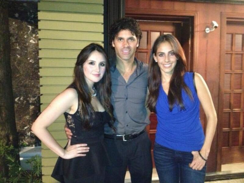 Valentino comparte créditos en la película con Sandra Echeverría y Dulce María.