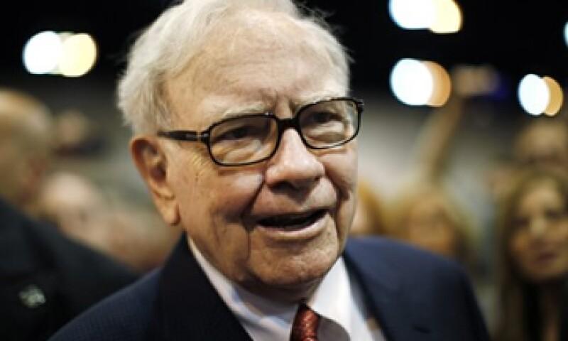 Warren Buffett asegura que las inversiones deben pasar la prueba de la inflación y que seguir vendiendo a pesar de la situación económica. (Foto: Reuters)
