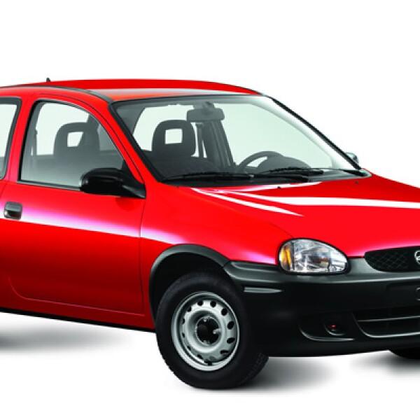 El modelo de General Motors (GM) llegó al mercado mexicano en 1994, disponible en dos carrocerías de 3 y 5 puertas.