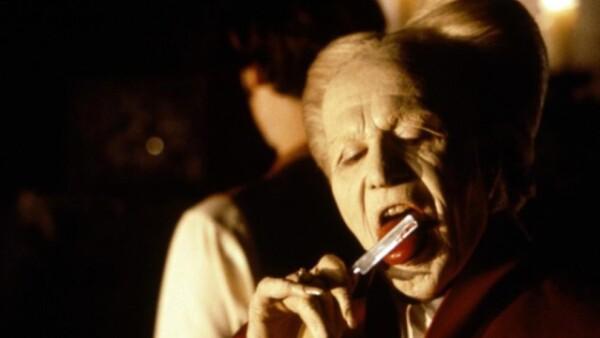 El actor Gary Oldman representó el papel del conde en `Drácula, de Bram Stoker´ en 1992.