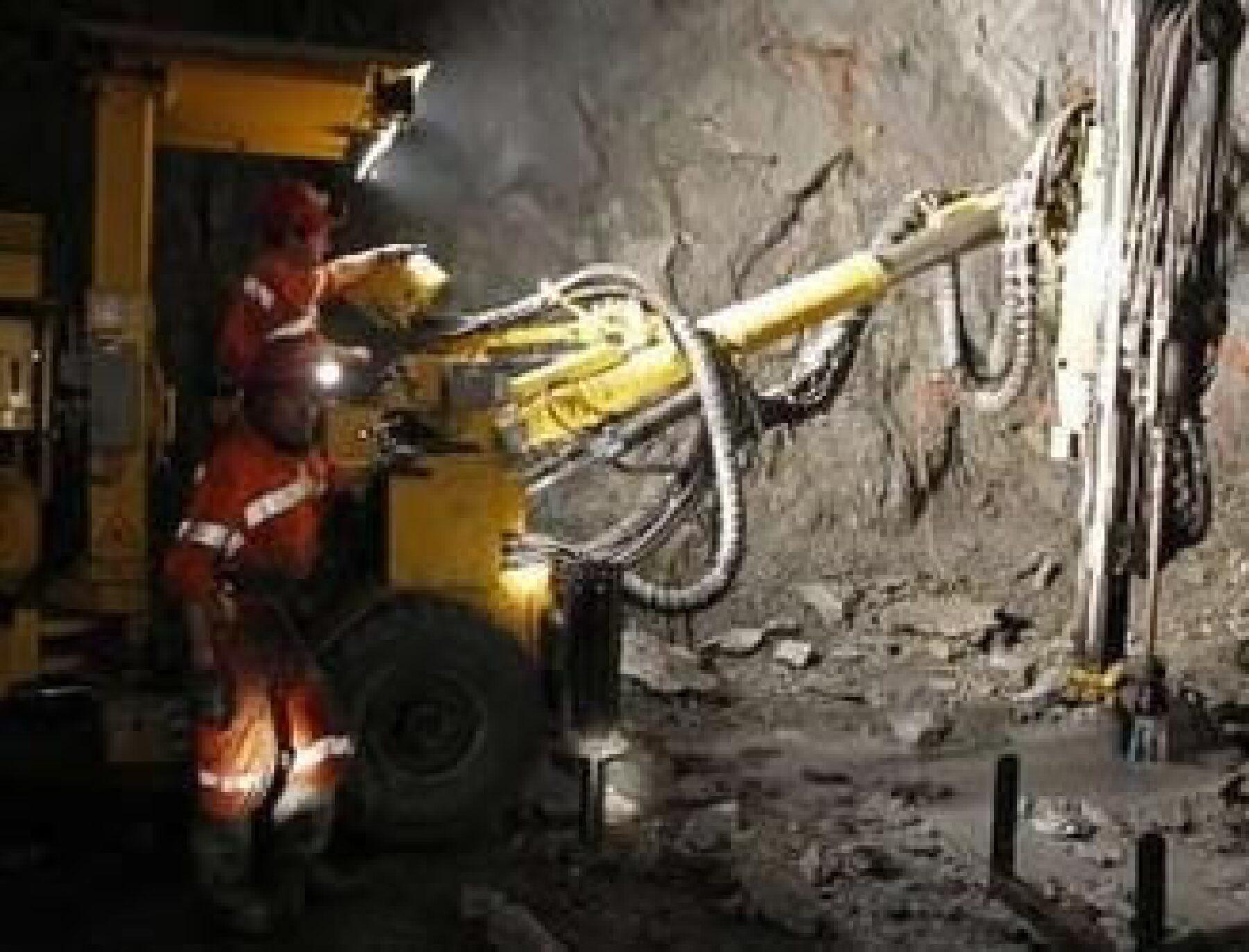 La demanda de minerales no deja de aumentar, y por tanto de necesitar constantemente a profesionistas. (Foto: Reuters)