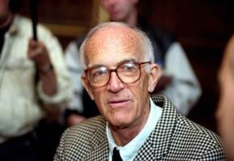 Joern Utzon, el arquitecto danés que diseñó el teatro mundialmente reconocible falleció en Dinamarca a los 90 años.