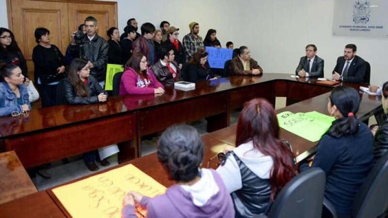 estudiantes autoridades Nuevo Laredo