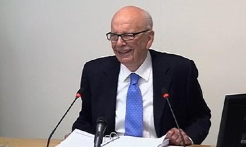 Rupert Murdoch, presidente de News Corp., dijo que nunca le pidió apoyo a Margaret Thatcher para comprar los diarios Times en 1981. (Foto: Reuters)