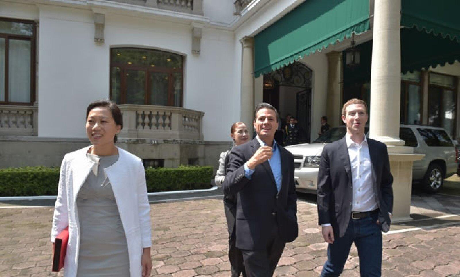 Mark Zuckerberg, de 30 años, es el CEO de Facebook.