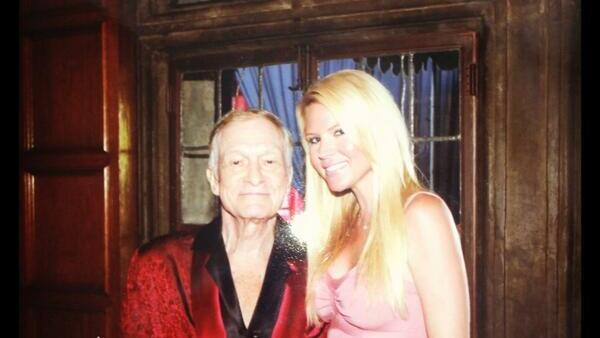 Hugh Hefner y Ashley Mattingly.