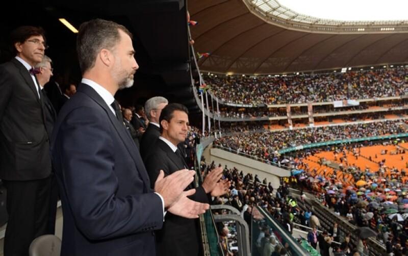 El Funeral de Estado se llevó a cabo en el FNB Stadium en Johannesburgo.