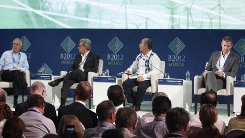 México y la Unión Europea (UE) acordaron buscar de manera conjunta las medidas que permitan superar la crisis económica y mejorar la arquitectura financiera internacional, así como generar un crecimiento sostenido.