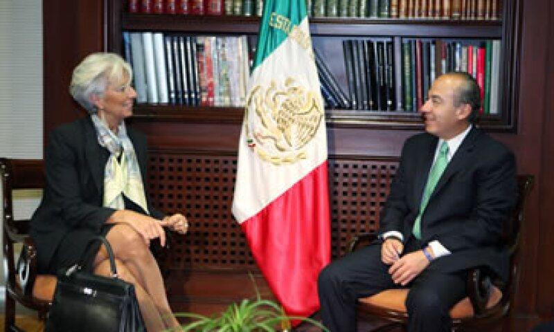 El presidente de México, Felipe Calderón y la directora del FMI, Christine Lagarde, discutieron la situación económica de la eurozona.  (Foto: Notimex)