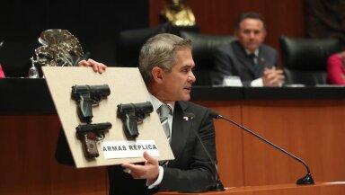 Mancera prisión armas falsas