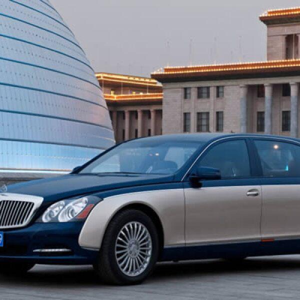 La Feria del Auto en Beijing ha comenzado con más de 1,000 automóviles al mercado. Con cambios muy sutiles, Maybach, la marca de ultra lujo de Mercedes-Benz mantiene sus modelos S60 a flote.
