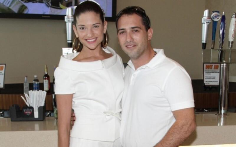 A unos meses de haberse casado con Daniel Trueba, la cantante anunció la noticia de su embarazo en redes sociales.
